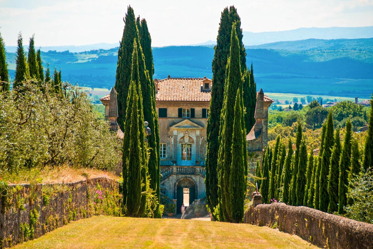 villas in tuscany with chef Sandra